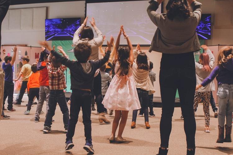 A importância das aulas de dança nas escolas