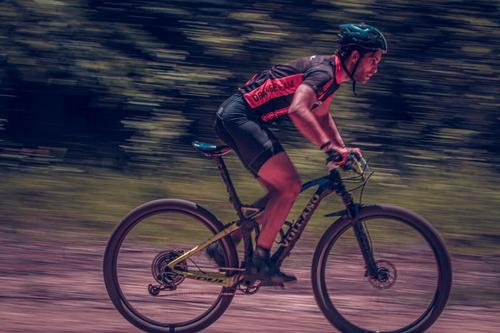Importância dos treinos curtos e intensos no ciclismo