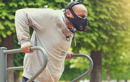 Exercício físico e máscara