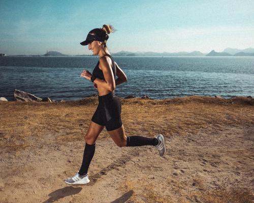 Qual o jeito correto de pisar ao correr?